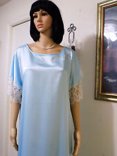 LUCIE ANN vintage FROSTY BLUE Satin & Lace Polyester Nightgown size A average