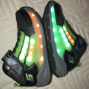SKECHERS Light Storm Light Up Big Kid Black/Lime Sneakers. Sz. 13.5. EUC