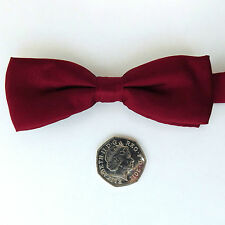 "Small burgundy pure silk bow tie for men or boys Collar size 12 to 17 1/2"" NEW"