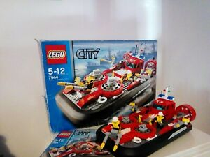 Lego City Aéroglisseur des pompiers 7944 INCOMPLET