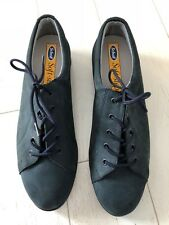 BRAND NEW IN BOX SCHOLL SOFTSTEP LACE UP NAVY SUEDE COMFORT SHOE SIZE 7 D