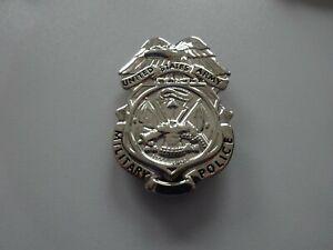 A22-157) Military Police Shield Badge Original  MP US Army  USA SELTEN!