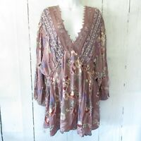 New Angie Top 2X Lilac Purple Floral Crochet Lace Puff Sleeve Plus Size