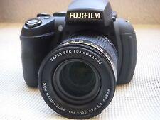Fujifilm FinePix HS Series HS30EXR / HS33EXR 16.0 MP Digital Camera - Black