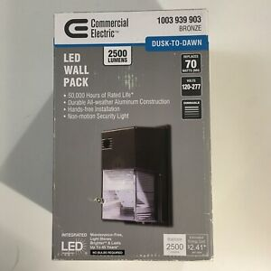 Outdoor LED Security Light ~ Dusk to Dawn ~ 2500 Lumen Wall Pack