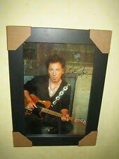 Bruce Springsteen Excelente Foto Firmada 8 X 12 {} en un hermoso marco Negro + certificado De Autenticidad