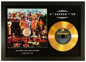 THE BEATLES 'SGT. PEPPER' 50TH ANNIVERSARY SIGNED GOLD CD DISC MEMORABILIA GIFT