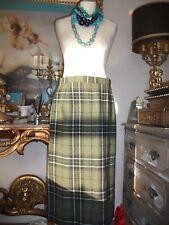 Ladies Green wool plaid skirt by Elzabeth Blair