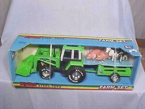 Vintage ORIGINAL NYLINT FARM SET #2 No. 1781 Tractor Trailer Animals NOS SEALED