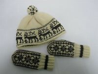 VINTAGE HAND KNIT CHILDS HAT & MITTENS with REINDEER