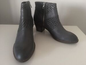 Top End Leather Ankle Boots Icant Grey New Size 39 #26 RRP $229