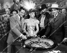 crp-06138 1943 Ann Savage, Tom Neal at roulette wheel film Klondike Kate crp-061