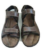 Mens Easy Flat Sandals Size UK 8 Brown hook and loop fastening