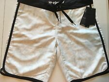 "New Hurley Women's Size 5 Boardshorts White/black SS Printed 9"" GBS0000330 Swim"