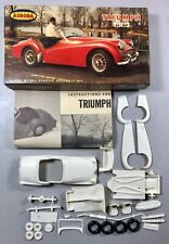 AURORA TRIUMPH T.R.3 1/32 MODEL KIT 518-49 (1961 ISSUE)