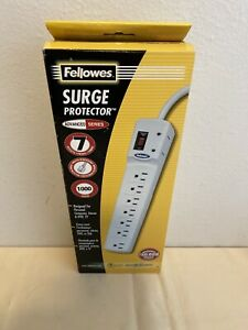 Fellowes CRC99014  7-outlets 1000 Joules 6' Cord 1.8m Surge Protector New!