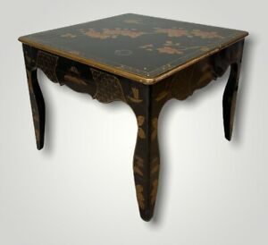 LOVELY ANTIQUE 20TH CENTURY BLACK LACQUERED CHINOISERIE COFFEE TABLE, C1920