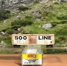 Z SCALE MICRO-TRAINS #511 56 180 WEATHERED SOO LINE 50' PLUG DOOR BOX CAR #15822