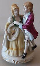 TAJ IMPORTING Musical Victorian Couple L#1413