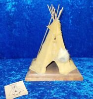 TEEPEE TIPI FIGURINE LEATHER & CEDAR WOOD (227)