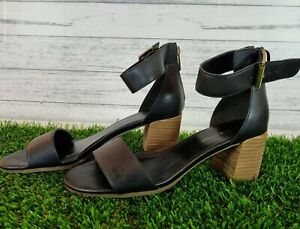 Tommy Hilfiger Black size 8M Block Heel sandal with ankle strap