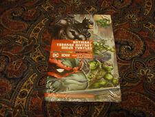 BATMAN TEENAGE MUTANT NINJA TURTLES THE DELUXE EDITION DC COMICS IDW