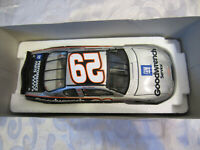 2002 1:24 Action 10th Anniversary Kevin Harvick #29 Die Cast Car Monte Carlo #ed