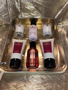 Pecksniff's Morello Cherry & Oud Wood Pampering Vacation Kit in a Tin: 6 items