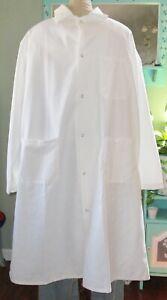 "Artex Medical L/S Lab Coat Snap 3 Pocket Side Vent 44"" Length Sz Medium White"