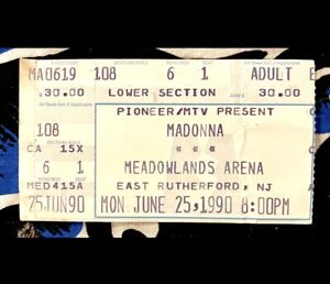 MADONNA - BLOND AMBITION WORLD TOUR 1990 - MEADOWLANDS ARENA - JUNE 25, 1990