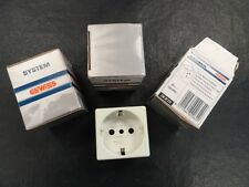 GEWISS 15A-240V AUSTRALIAN STANDARD SOCKET-OUTLET GW 20 218 OFF WHITE (SET OF 3)