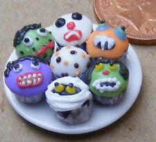 1:12 scala 7 assortiti Cup Cakes su una piastra DOLLS HOUSE miniatura Accessorio Cc13