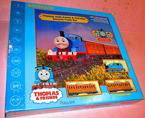 Bachmann THOMAS & FRIENDS Complete ho Train Set w/ Annie & Clarabel Ready-To-Run