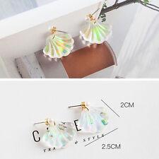 Simple Mermaid Rainbow Pearl Shell Earrings R034 (Color: Multicolor)