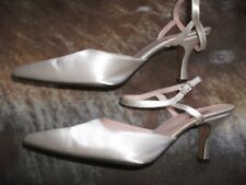 """PINK BY PARADOX Ivory Bridal / Wedding Shoes - Size 4.5 / 37.5 - 3"""" Heel"""