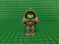 Lego Knight Minifigure Flat Silver Helmet with Flat Silver Pointed Visor X1