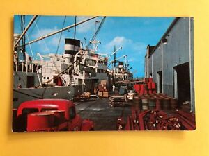 DOCK SCENE NEW ORLEANS LOAD AND UNLOAD CARGOES MISSISSIPPI POSTCARD USA