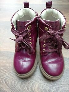 Clarks Girls Boots Size Uk 7.5G Infant Good Condition