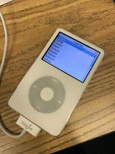 New listing Apple iPod Video 5th Generation White (30 Gb) Classic