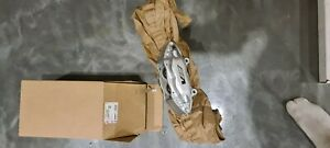 HOLDEN VE COMMODORE REDLINE BREMBO RHF BRAKE CALIPER LESS PADS 4 SPOT