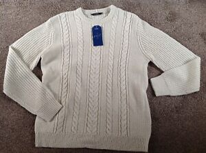 LOVELY BRAND NEW MENS LONG SLEEVED CREAM CABLE JUMPER SIZE L