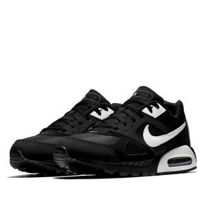 Nike Air Max Ivo sneakers 580518-011 - US Mens Sz 11 - UK Mens Sz 10 - RRP $150