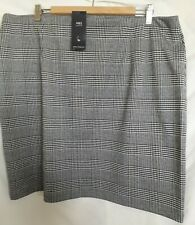 M & S Short Checked Skirt Size 20.  New with tags