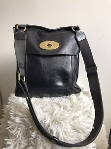 Mulberry Antony Black Leather Old Style Vintage Messenger Crossbody Bag 441475