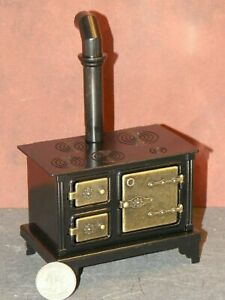 Dollhouse Miniature Old Fashion Cook Stove Kitchen 1:12 one inch scale P61