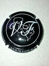 Capsule de champagne VOUILLOT et Fils (1. noir et blanc)