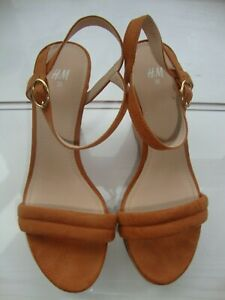 H & M HIGH WEDGE SANDALS- SIZE 36 ( 3 1/2 UK)- NATURAL TAN - NEW