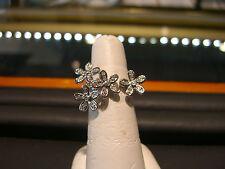 WOMENS FINE 18 KARAT WHITE GOLD DIAMOND RING 0.50 CARAT DIAMON FLORAL DESIGN!!