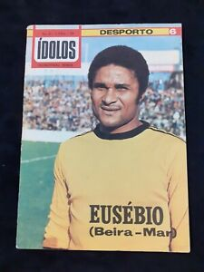 Eusébio soccer/football portuguese legend cover sports magazine 1977