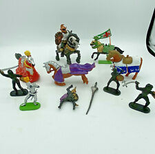 Medieval Knights Figures Lot Of 10 Figures Horses Sword Britain 1971